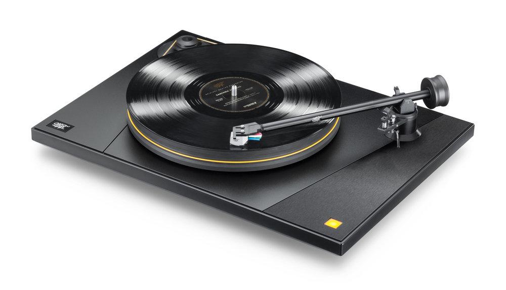 Mobile Fidelity UltraDeck Gramofon + přenoska MasterTracker e348ff21381